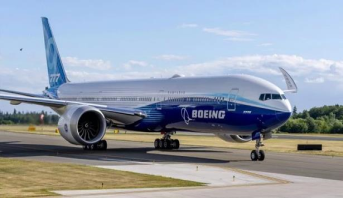 """الطقس السيئ يضطر بوينغ لإرجاء موعد الرحلة الأولى لطائرة """"777 إكس"""""""