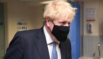 رئيس الوزراء البريطاني في الحجر الصحي بعد مخالطته مصابا بكوفيد-19