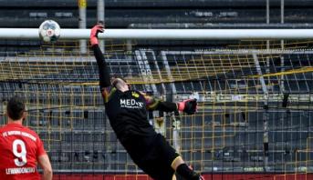 Allemagne: Le Bayern s'impose à Dortmund et s'ouvre la voie du titre