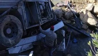 تونس .. حصيلة ضحايا حادث الحافلة ترتفع إلى 27 قتيلا