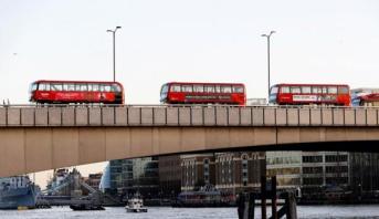 مقتل 15 شخصا إثر سقوط حافلة بنهر في روسيا