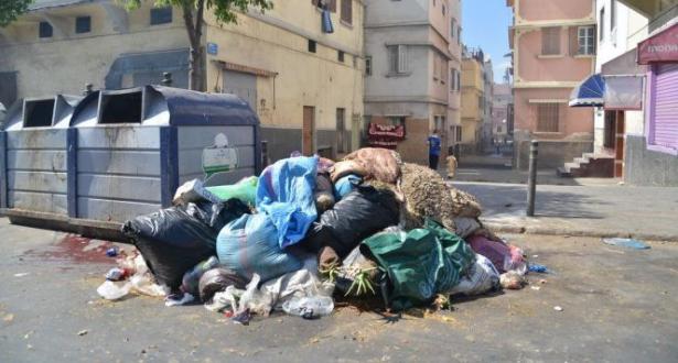 2300 عامل نظافة لمواجهة نفايات الدار البيضاء يوم العيد