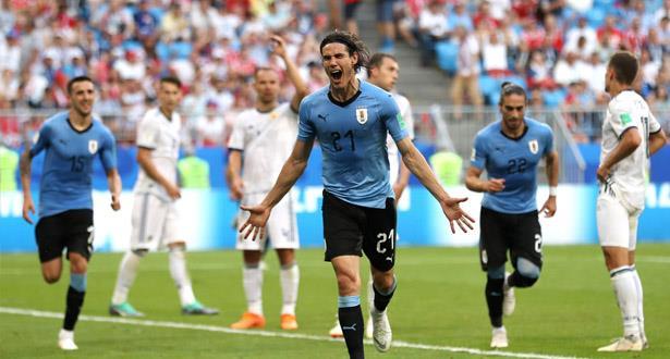 الأوروغواي تحقق فوزا كبيرا على روسيا وتتصدر المجموعة الأولى