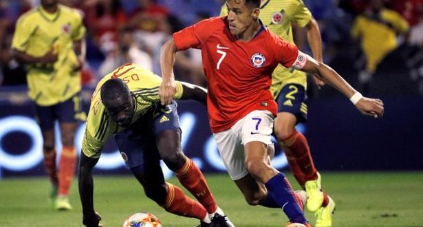 لاعبو منتخب الشيلي يرفضون اللعب تضامنا مع المتظاهرين