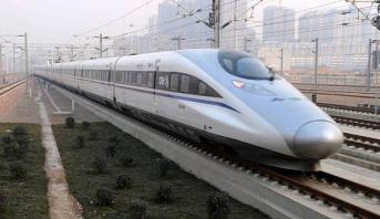 الصين تختبر قطار مترو جديد بدون سائق