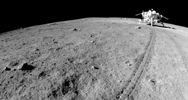 علماء صينيون يبتكرون مادة بناء لتشييد قاعدة على سطح القمر