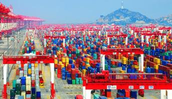 الصين تقرر خفض أو إلغاء التعريفات الجمركية على بعض الواردات والصادرات في عام 2019