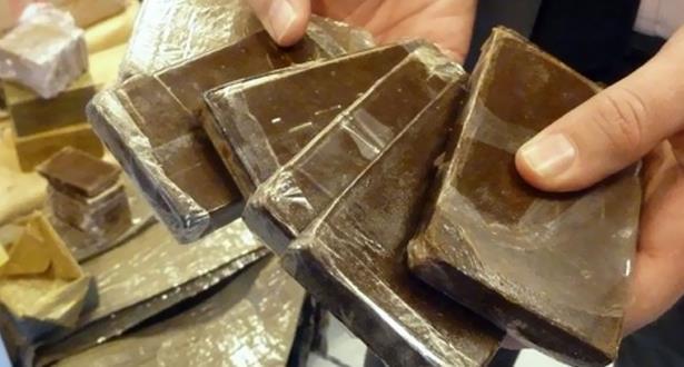 Aéroport Mohammed V: 1,110 kg de chira extrait des intestins de deux ressortissants algériens