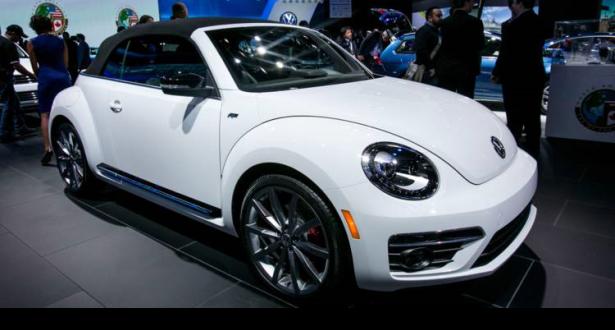 """""""فولكسفاجن """" توقف إنتاج سيارتها الشهيرة بيتل العام المقبل"""