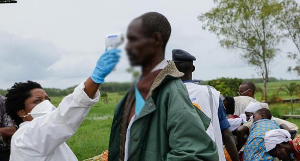الكونغو الديموقراطية تعلن حالة الطوارئ وتعزل كينشاسا لمنع تفشي فيروس كورونا