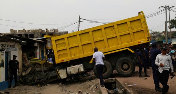 مصرع 14 شخصا في حادثة سير في كينشاسا