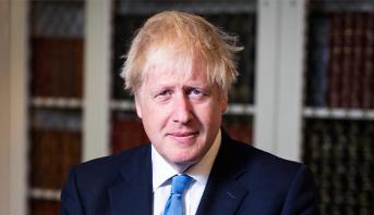 جونسون يعلن إعادة فتح المدارس الابتدائية في بريطانيا جزئيا
