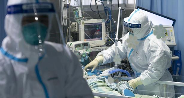 Covid-19: flambée des contaminations aux Etats-Unis, avec plus de 83.000 cas par jour
