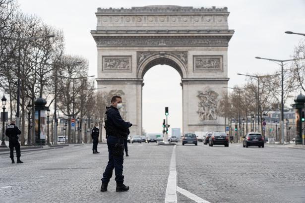 Coronavirus: 1.346 nouveaux cas en France en 24 heures
