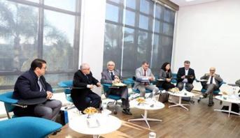 اللجنة الخاصة بالنموذج التنموي تعقد جلسة استماع لممثلي جامعة غرف الصيد البحري