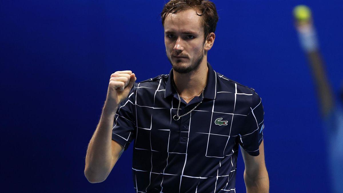 Tennis: Medvedev sacré au Masters ATP en battant Thiem 4-6, 7-6 (7/2), 6-4