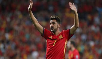 هداف إسبانيا دافيد فيا يعلن اعتزاله كرة القدم