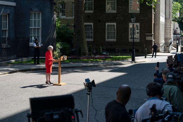 Démission de Theresa May: la position de Bruxelles ne changera pas