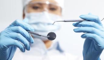 هيئة أطباء الأسنان الوطنية تدعو إلى اعتماد التغطية الصحية الشاملة لعلاجات الفم والأسنان