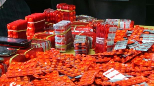 طنجة .. إجهاض عملية كبرى لتهريب الأقراص المخدرة والكوكايين قادمة من إسبانيا