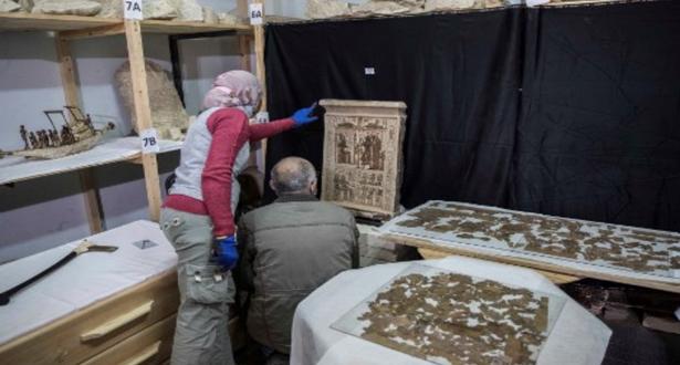 مصر تزيح الستارة عن اكتشافات سقارة الجديدة قرب أهرامات الجيزة
