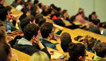 عرض حكومي لاحتواء العدد المرتقب للطلبة الراغبين في ولوج الجامعات