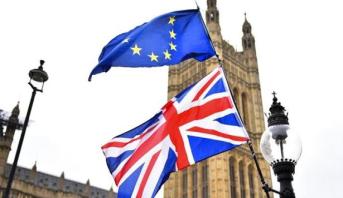 GB: plus de trois millions de signatures contre le Brexit