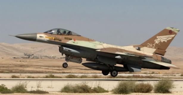 """Un F16 israélien s'écrase après l'attaque de """"cibles iraniennes"""" en Syrie"""