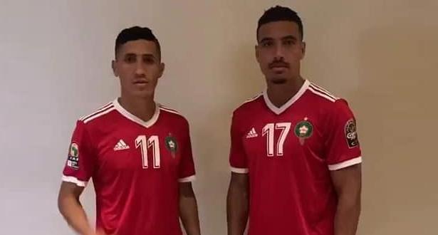 """درار وفجر يكشفان قميص """"الأسود"""" في """"الكان"""""""