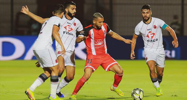 اتحاد الفتح الرياضي يتعادل مع ضيفه فريق الدفاع الحسني الجديدي