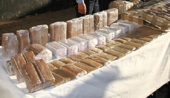أكادير .. توقيف سائق شاحنة بحوزته 589 كيلوغرام من مخدر الشيرا