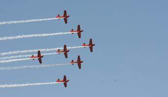 عيد العرش .. القوات الملكية الجوية تنظم استعراضات جوية يومي الأحد والاثنين على مشارف شواطئ طنجة والمضيق