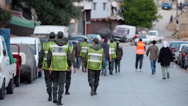 Marrakech: deux éléments de l'ordre suspendus pour avoir violenté une personne ayant violé l'état d'urgence sanitaire
