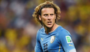 Uruguay: Diego Forlan met fin à sa carrière
