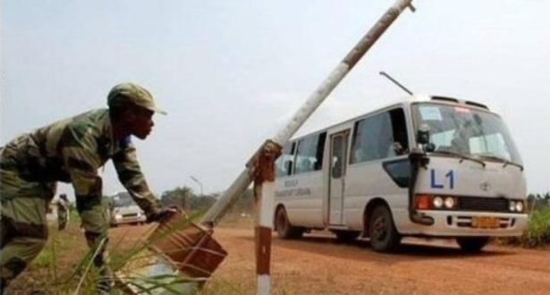 Nigeria : réouverture des frontières après le report des élections