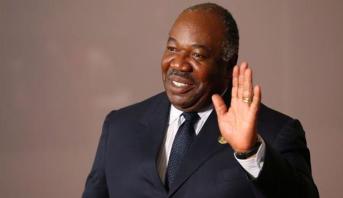 الغابون .. حكومة بيكالي تؤدي اليمين أمام الرئيس علي بونغو
