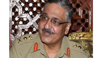 الجنرال دو كور دارمي يستقبل الجنرال زبير محمود حياة رئيس هيئة الأركان المشتركة للقوات المسلحة الباكستانية