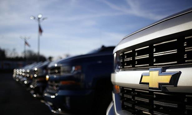 جنرال موتورز تسحب 1,2 مليون شاحنة وسيارة رباعية لعيب في نظام التوجيه