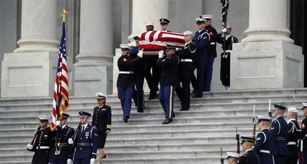 جنازة رسمية للرئيس الأميركي الأسبق بوش الأب في واشنطن