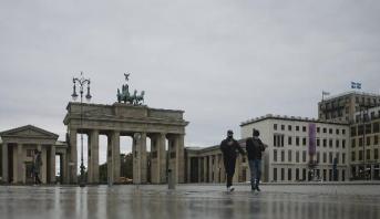 """""""مؤشرات أولى"""" لتحسن وضع وباء كوفيد-19 في ألمانيا"""