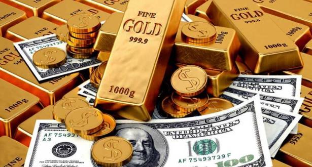تراجع أسعار الذهب مع ارتفاع الدولار