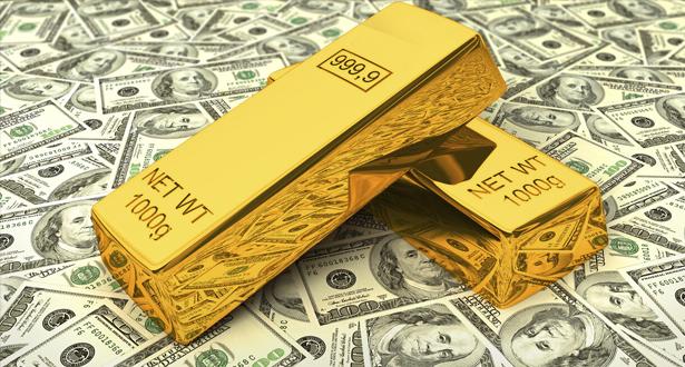 الذهب يرتفع مع تراجع الدولار والأنظار على مناظرة بين ترامب وبايدن
