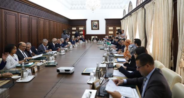 رئيس الحكومة: حريصون على إنجاح المسار التكويني لطلبة الطب وتلبية حاجيات الصحة الوطنية
