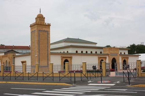 Saint-Étienne: la Grande Mosquée Mohammed VI fin prête pour accueillir fidèles et visiteurs
