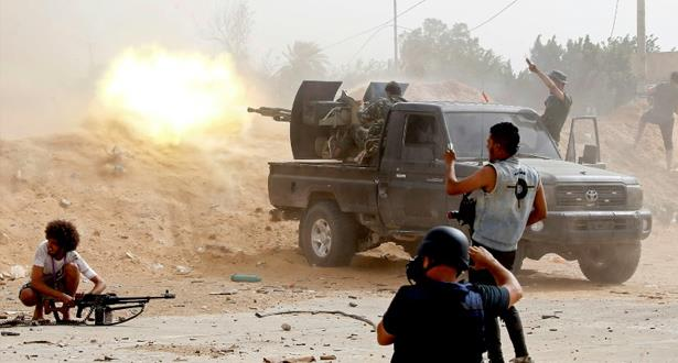 قوات حفتر تعلن تدمير طائرة لقوات حكومة الوفاق الليبية في مصراتة