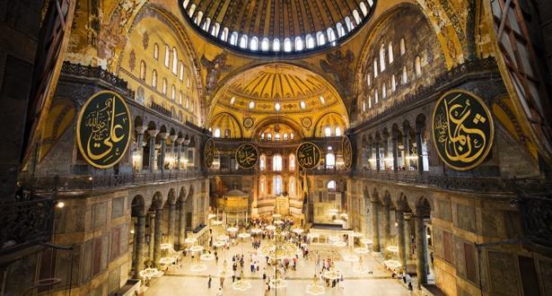 هيئة الشؤون الدينية التركية: آيا صوفيا ستكون مفتوحة أمام الزوار خارج ساعات الصلاة
