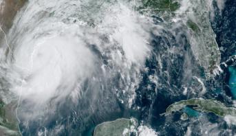 L'ouragan Laura menace la Louisiane et le Texas