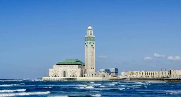 حمامات مسجد الحسن الثاني تفتح أبوابها  للعموم