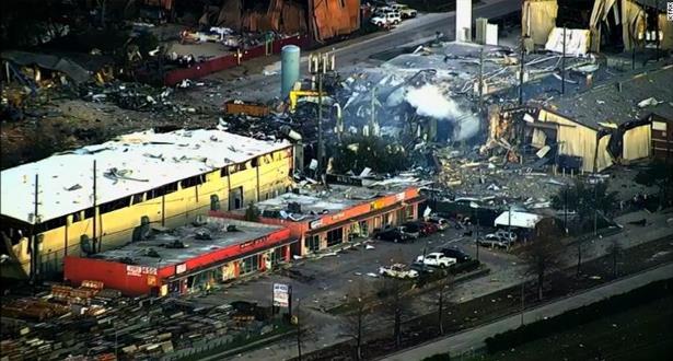 Etats-Unis: un blessé et un disparu dans l'explosion d'une usine à Houston