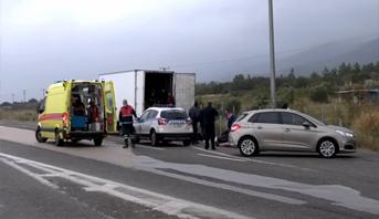 مسلسل شاحنات المهاجرين .. العثورعلى 41 مهاجرا في شاحنة تبريد شمال اليونان